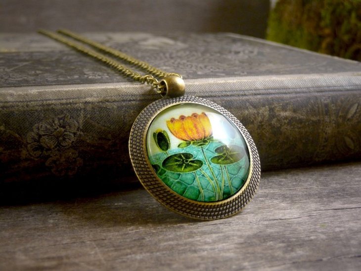 beautiful water lily pendant