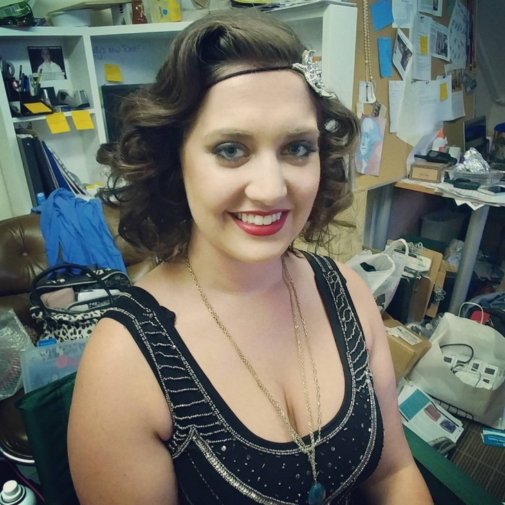 flapper look hairstyle idea