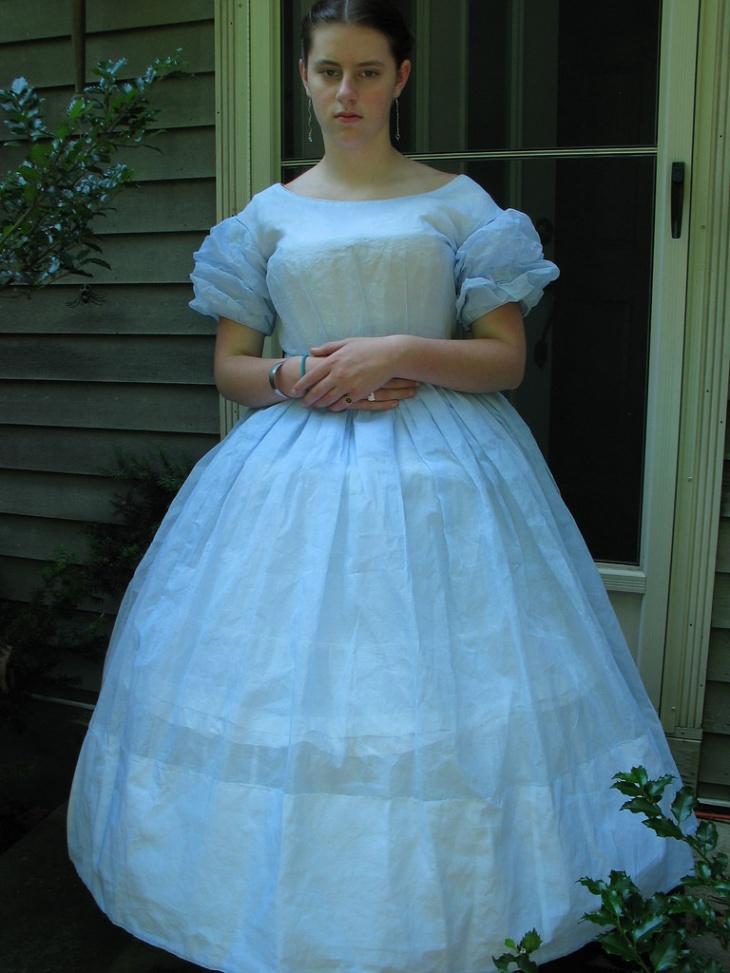 blue organdy outfit idea