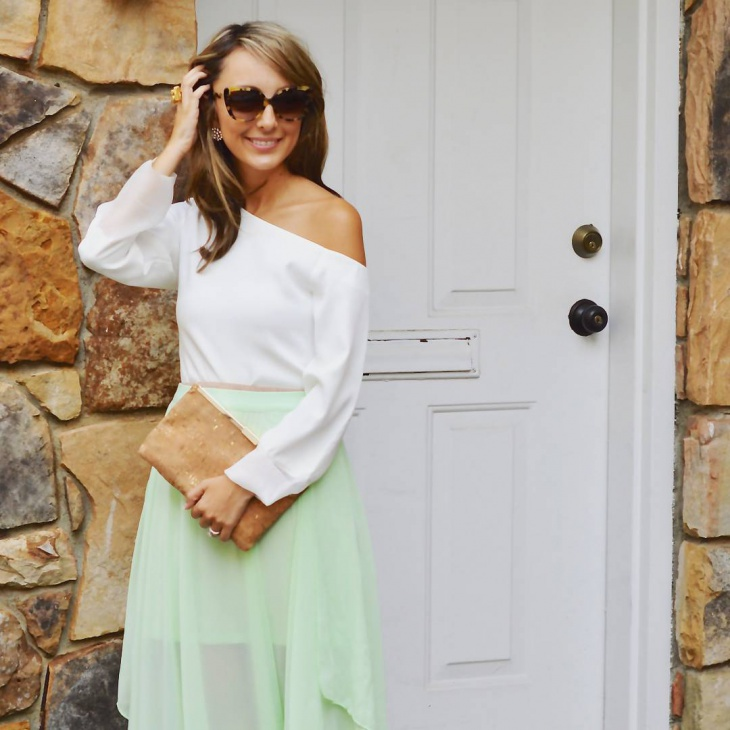 Chic Organdy Summer Outfit