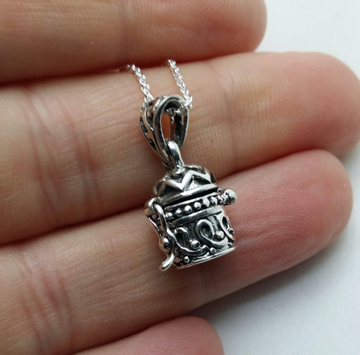 Cute Silver Cylinder Pendant