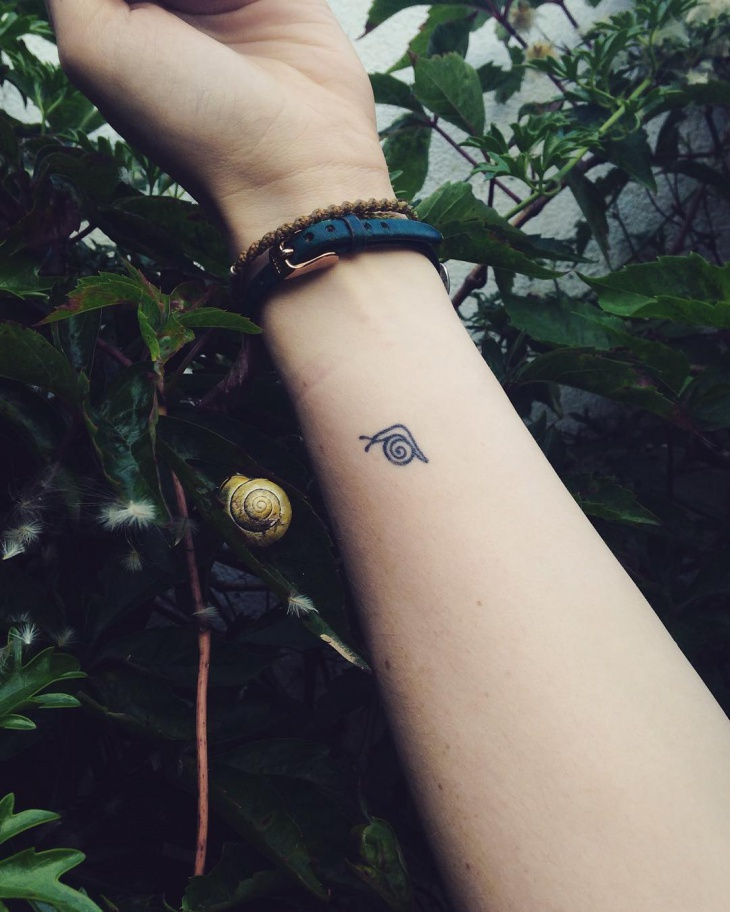 Tiny Snail Tattoo Idea