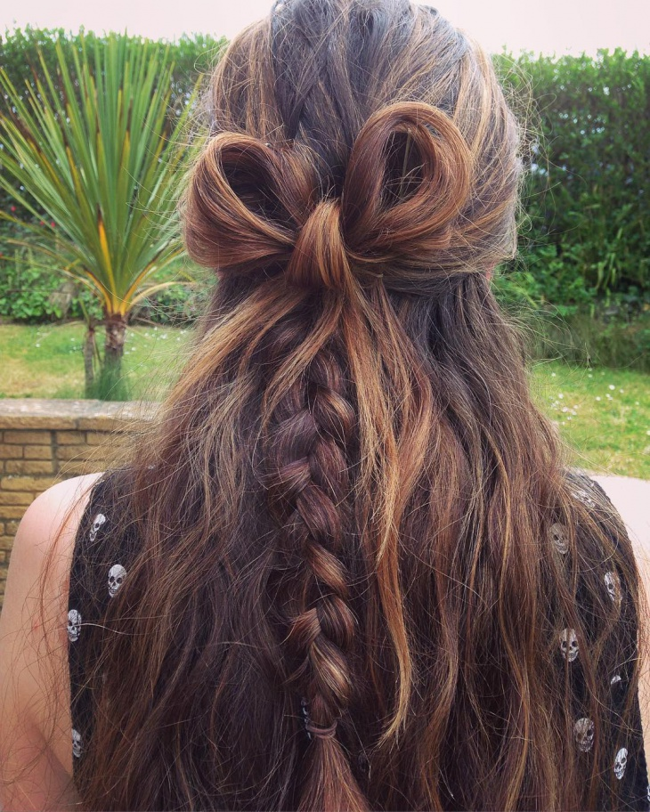 bow fishtail hairstyle
