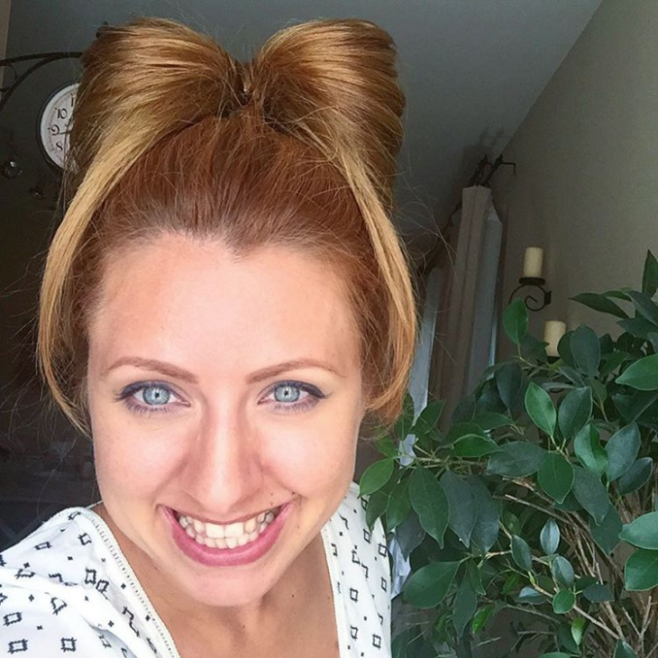 bow hairstyle with bangs