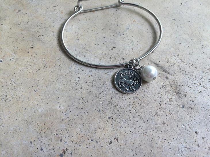 bangle style bracelet idea