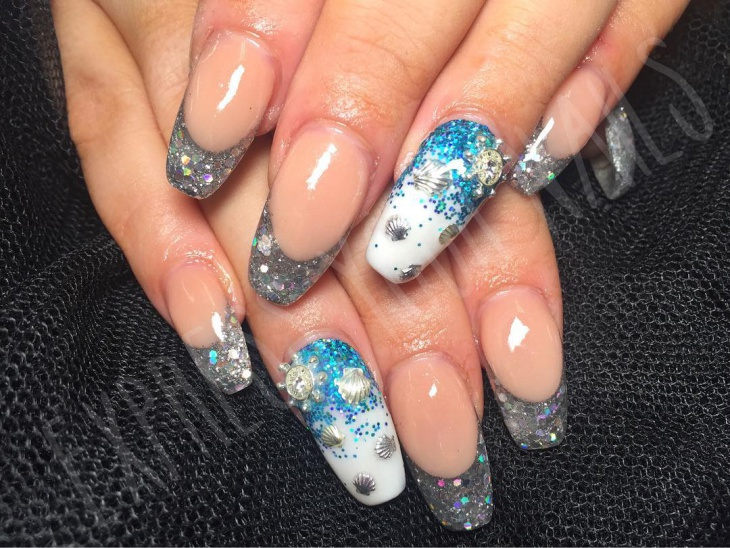 silver glitter seashell nails