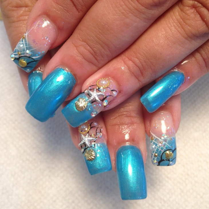blue seashell nails design