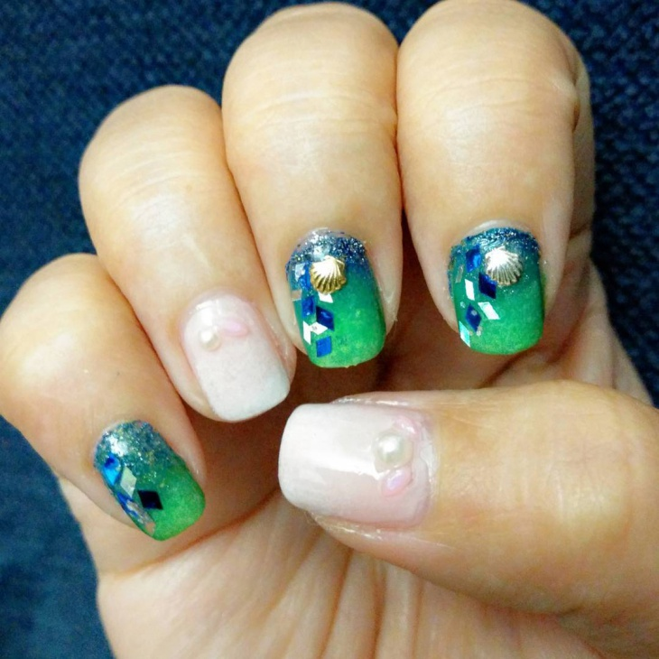 lovely seashell nail art
