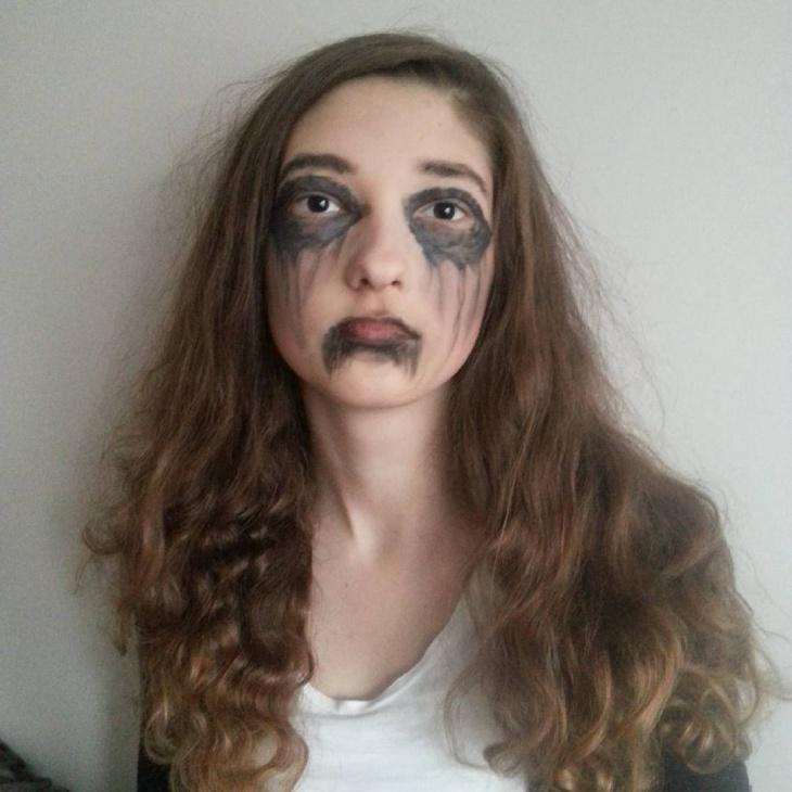 banshee eye and lip makeup