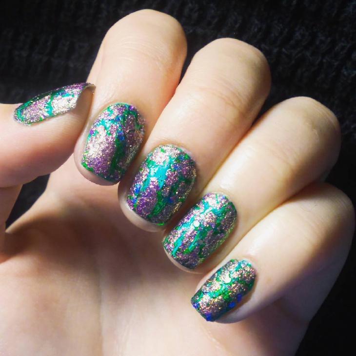 Green Glitter Nail Art