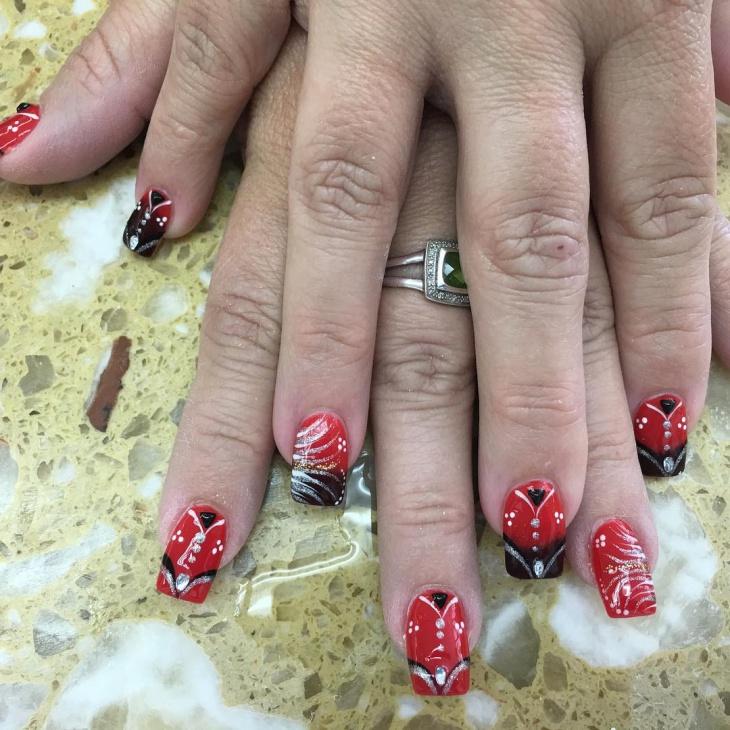 Lace Crackle Nail Design