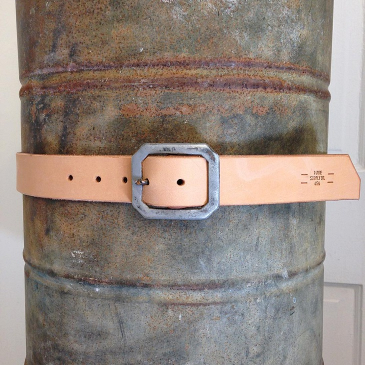 Simple Distressed Leather Belt