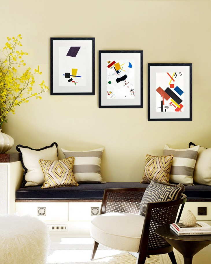 10 Unusual Art Arrangements To Give Your Home That Extra