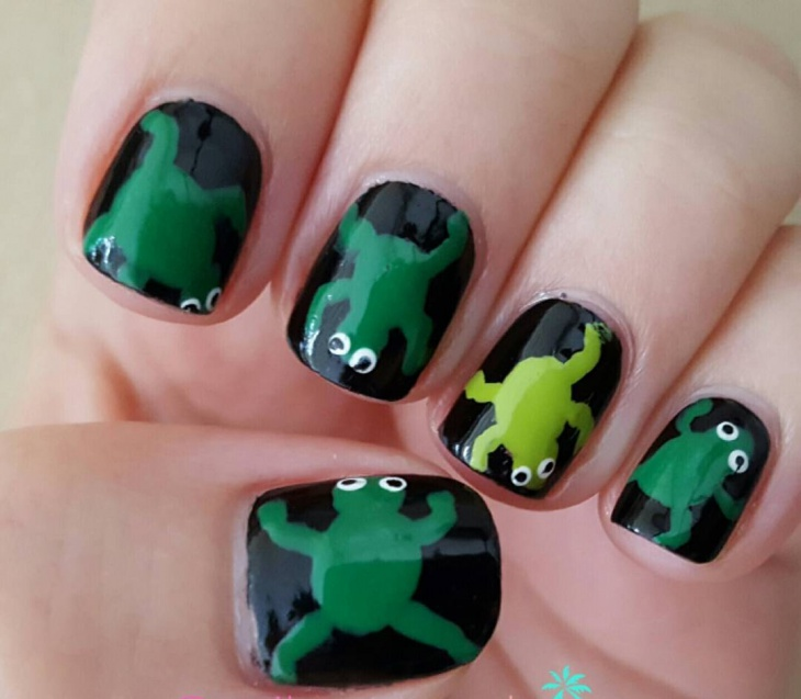 gel frog nail design idea