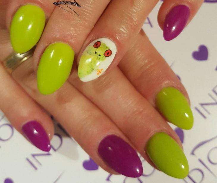 Frog Pointy Nail Art