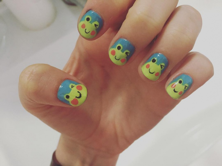 cartoon frog nail art