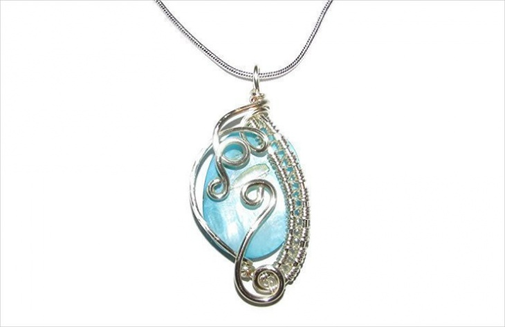 wire wrapped oval pendant