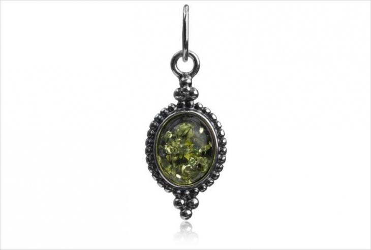 vintage oval pendant