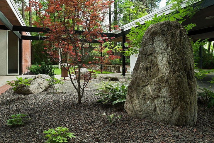 Rustic Rock Garden Idea
