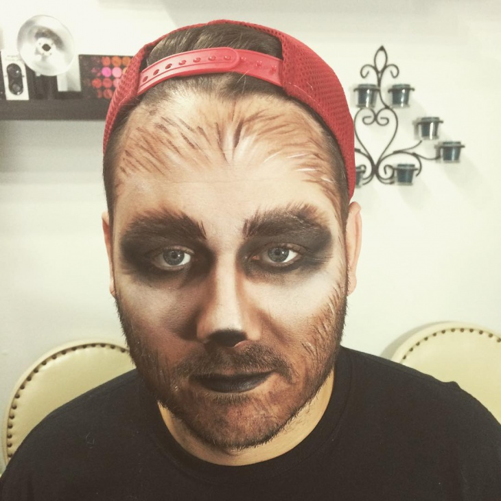cool wolf makeup idea