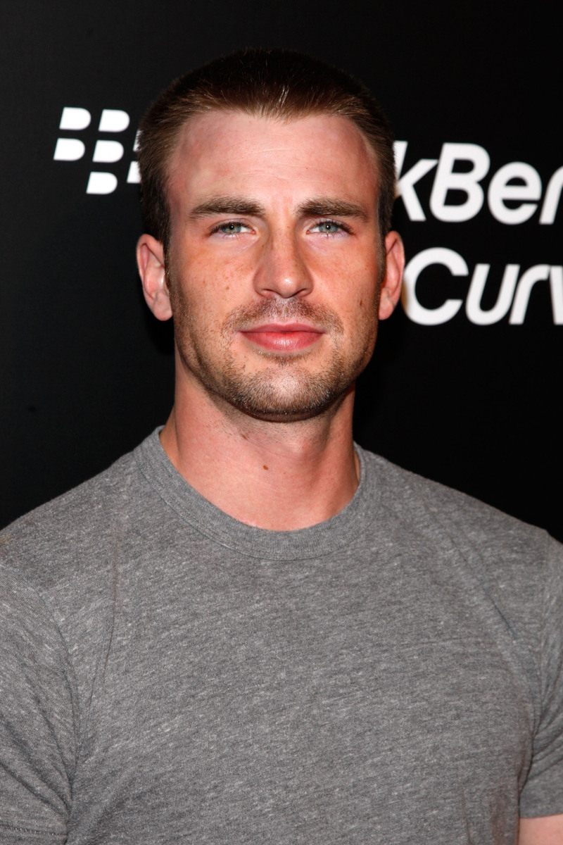 chris evans spiked crew cut