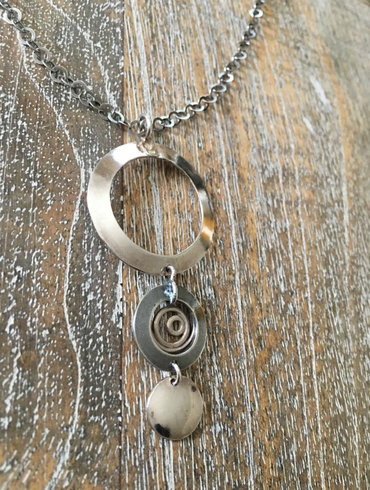 circle drop pendant