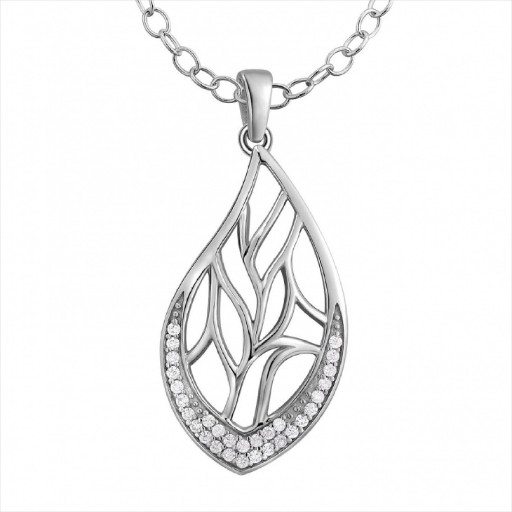 Leaf Drop Pendant Necklace