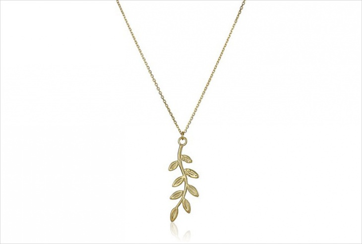 yellow gold leaf necklace