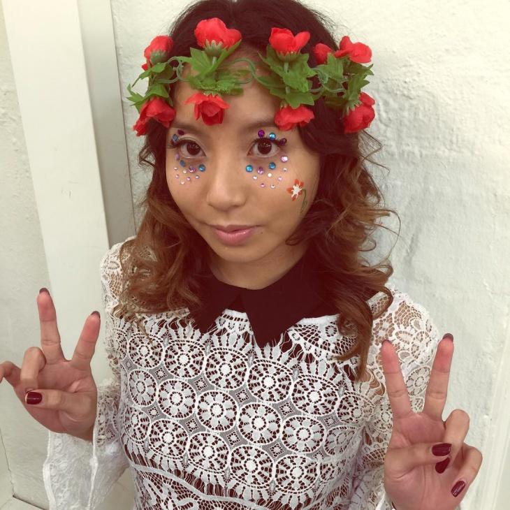 Hippie Flower Child Makeup