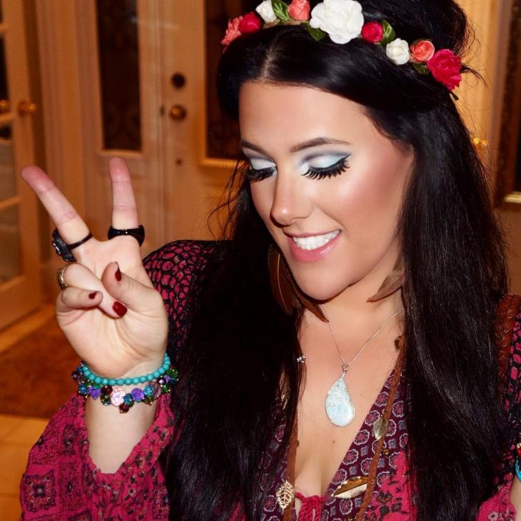 beautiful hippie makeup idea