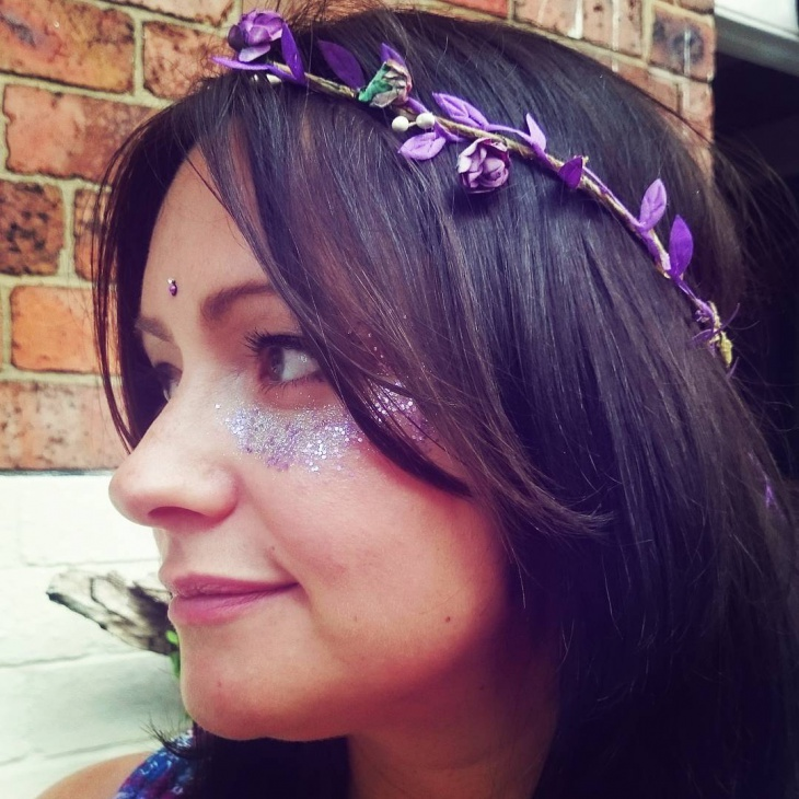 violet hippie makeup idea