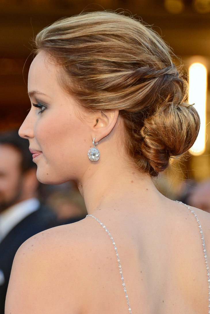 jennifer lawrence tucked bun hairstyle
