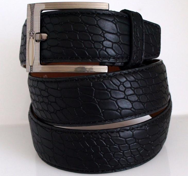 faux leather pattern belt