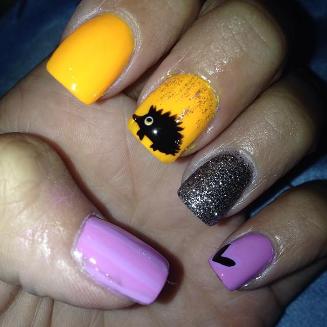 colorful hedgehog nail art