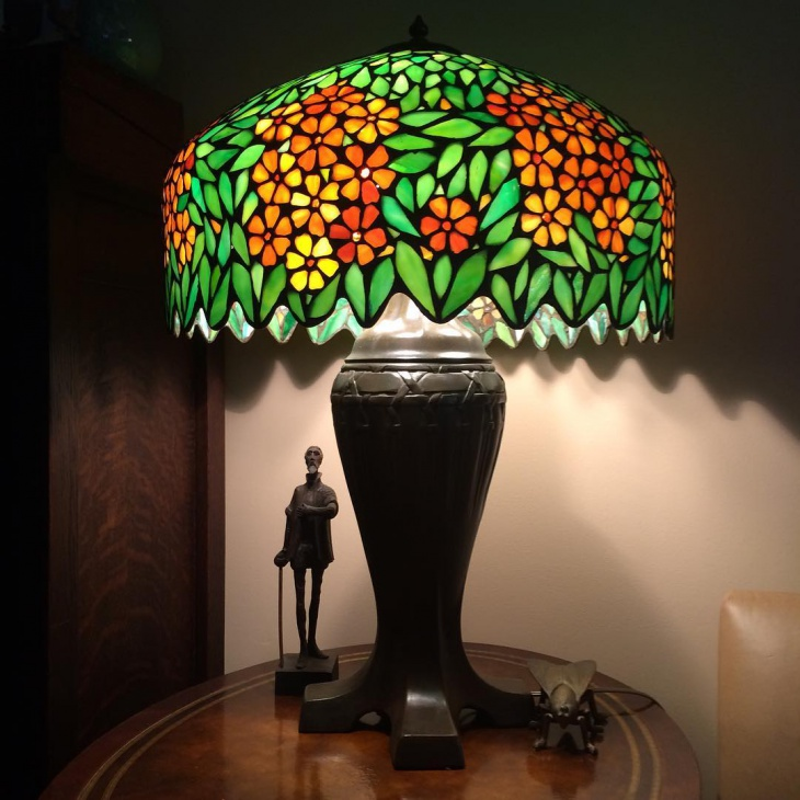 table decor lampshade idea