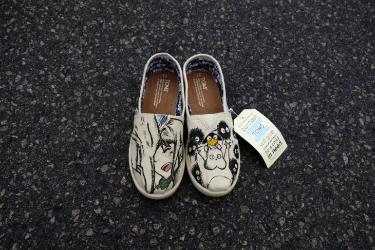 handpainted anime shoes