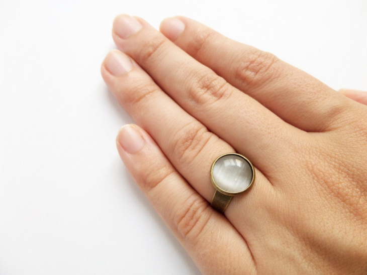 cat eye stone ring design