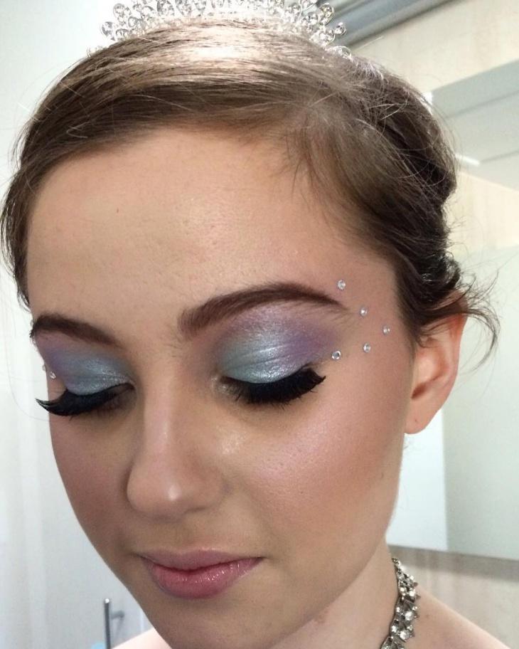 easy disney eye makeup idea