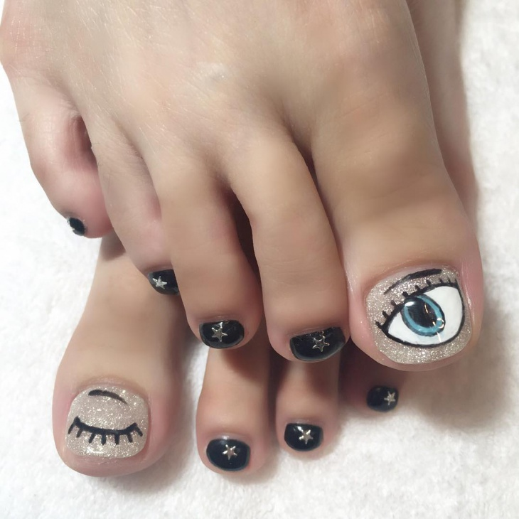 Eye Toe Nail Art Design