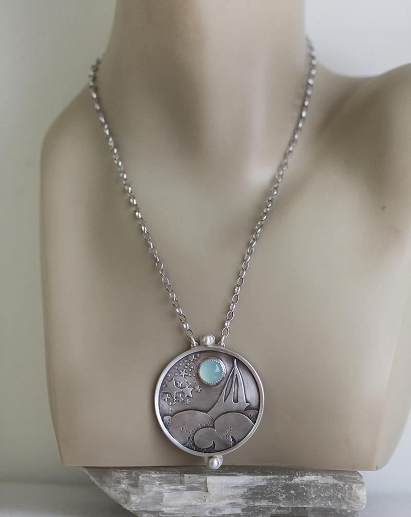 large medallion pendant necklace