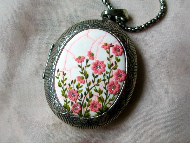 floral medallion pendant