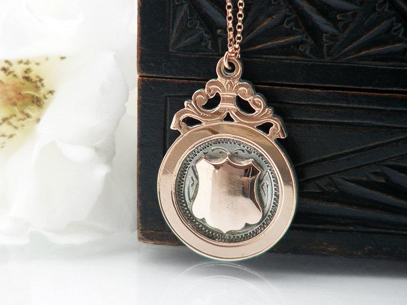 rose gold medallion pendant chain