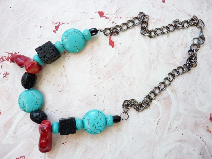 beautiful cube necklace design
