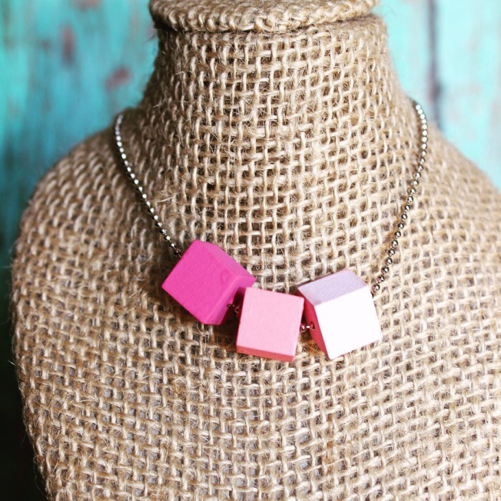 wooden beads cube neckalce