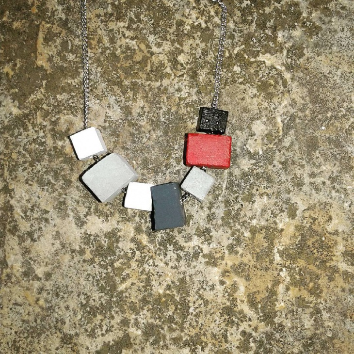 handmade cube neckalce design