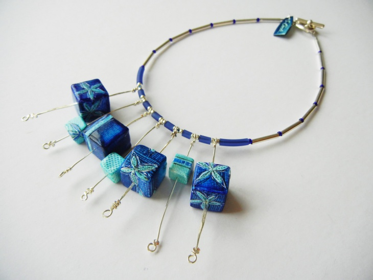 Awesome Cube Necklace Design