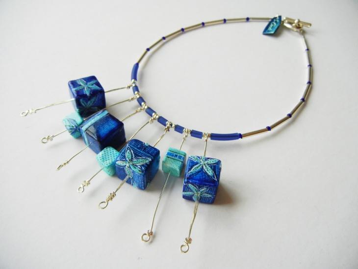awesome cube neckalce design
