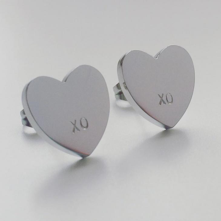 silver heart earrings idea
