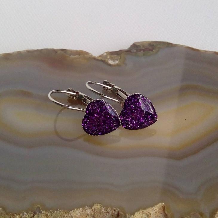 heart pendent earring design