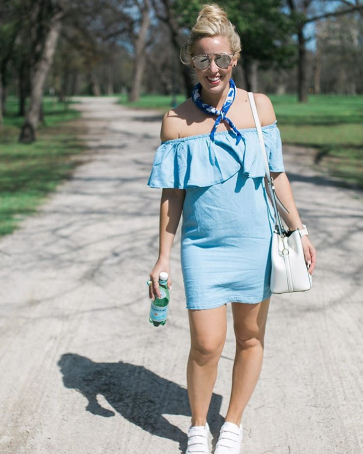 trendy chambray outfit idea
